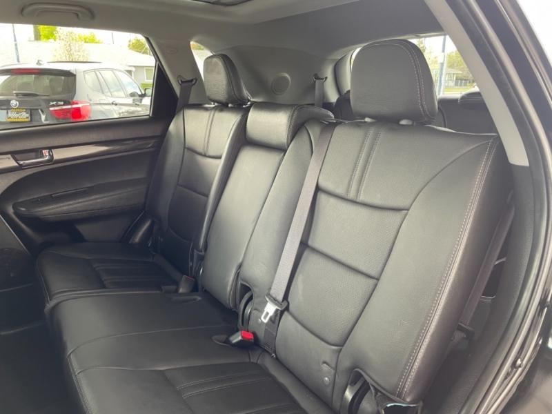 Kia Sorento 2013 price $10,799