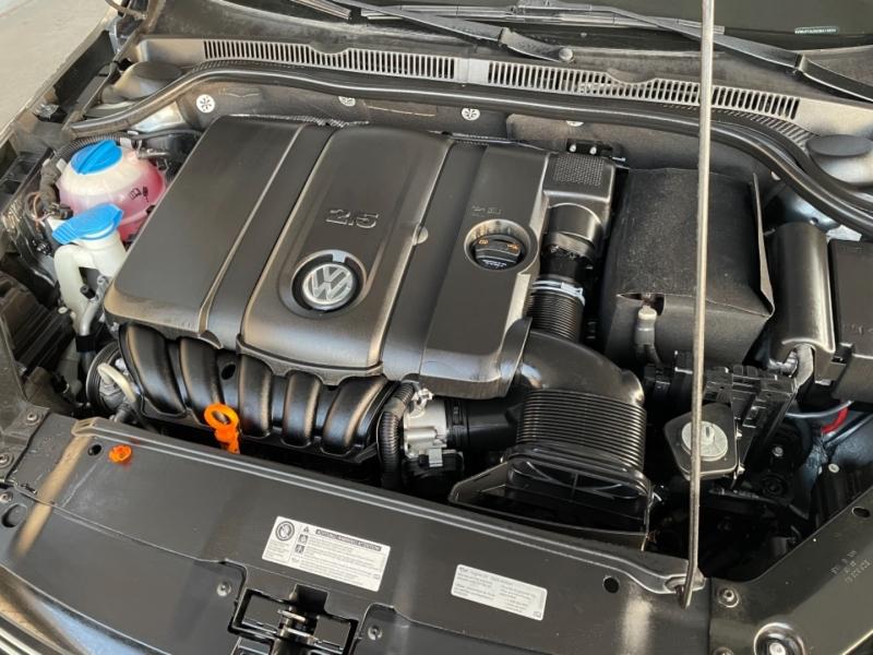 Volkswagen Jetta Sedan 2012 price $7,998