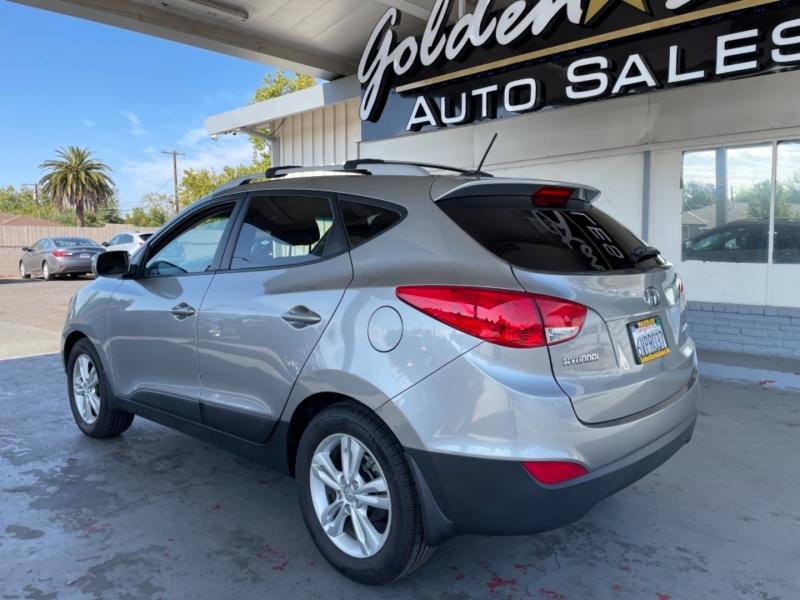 Hyundai Tucson GLS FWD 2012 price $9,498