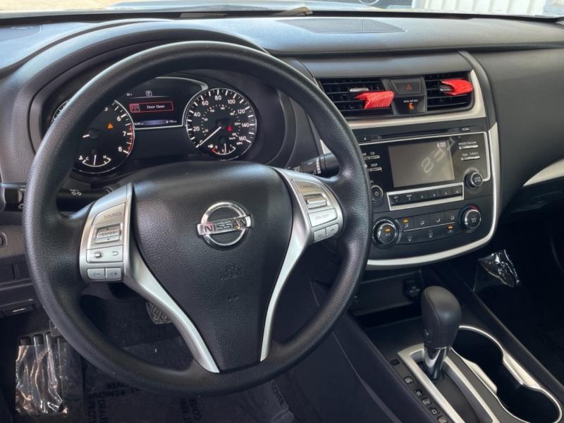 Nissan Altima 2.5 S 2016 price $12,998