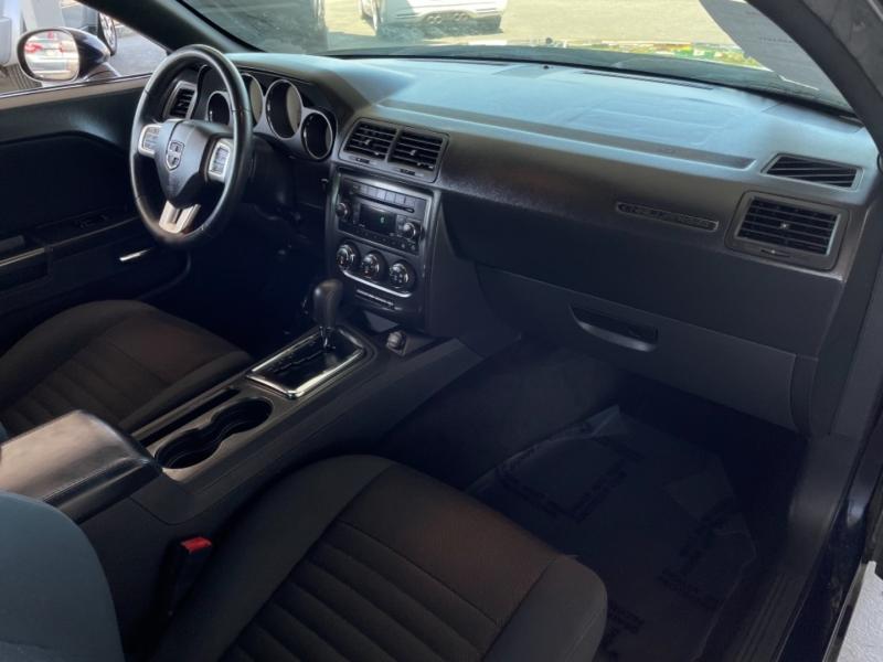 Dodge Challenger SXT 2012 price $15,998
