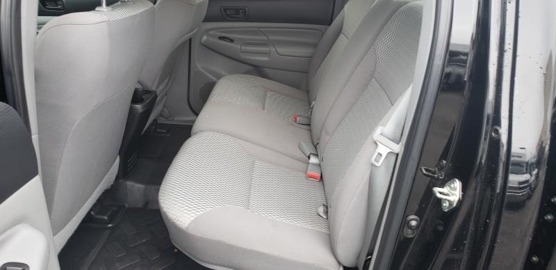 Toyota Tacoma 2014 price $15,500