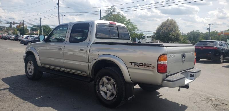 Toyota Tacoma 2002 price $9,900
