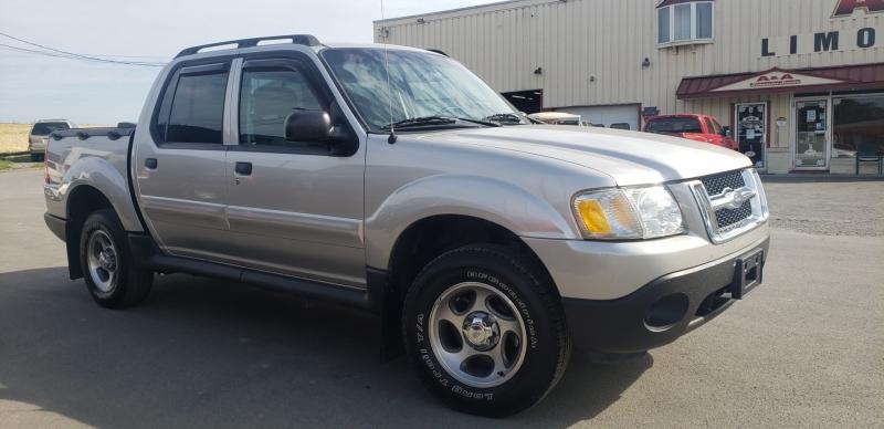 Ford Explorer Sport Trac 2005 price $8,900