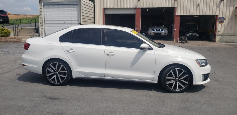 Volkswagen GLI 2013 price $12,500