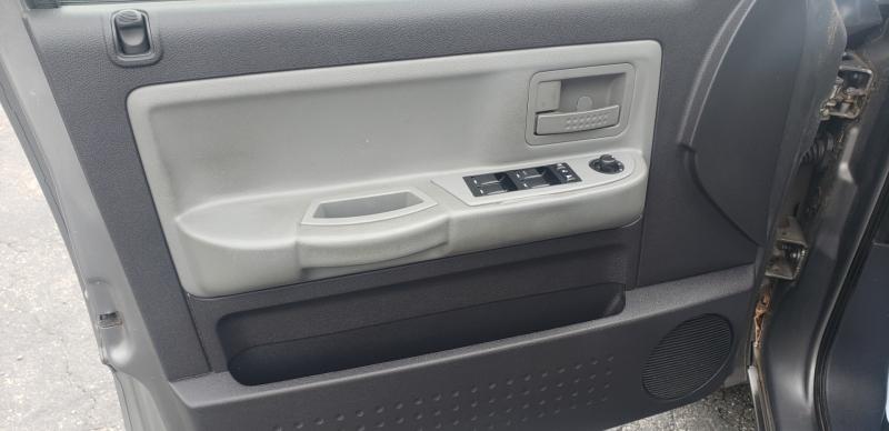 Dodge Dakota 2010 price $11,900
