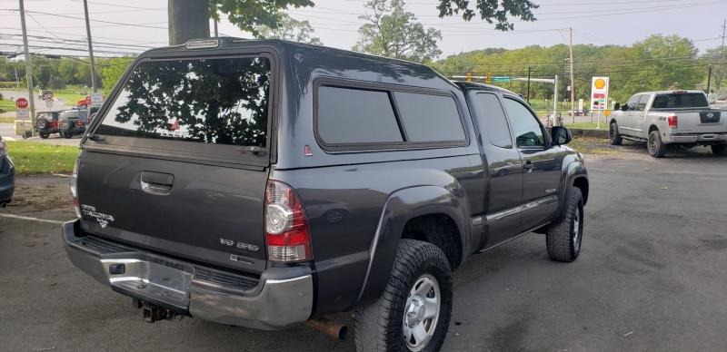 Toyota Tacoma 2013 price $16,500