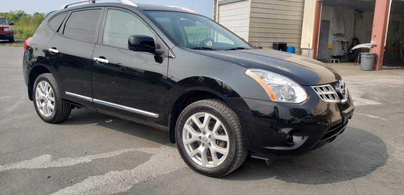 Nissan Rogue 2013 price $9,500