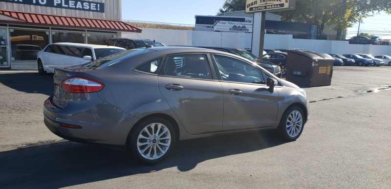 Ford Fiesta 2014 price $5,900