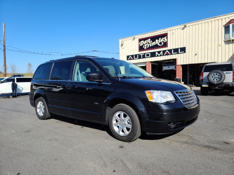 Chrysler Town & Country 2008 price $6,900
