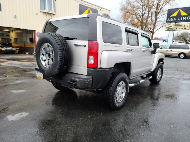 Hummer H3 2008 price $5,900