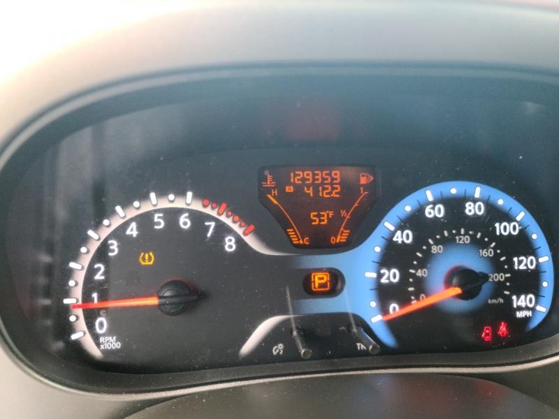 Nissan cube 2011 price $5,500
