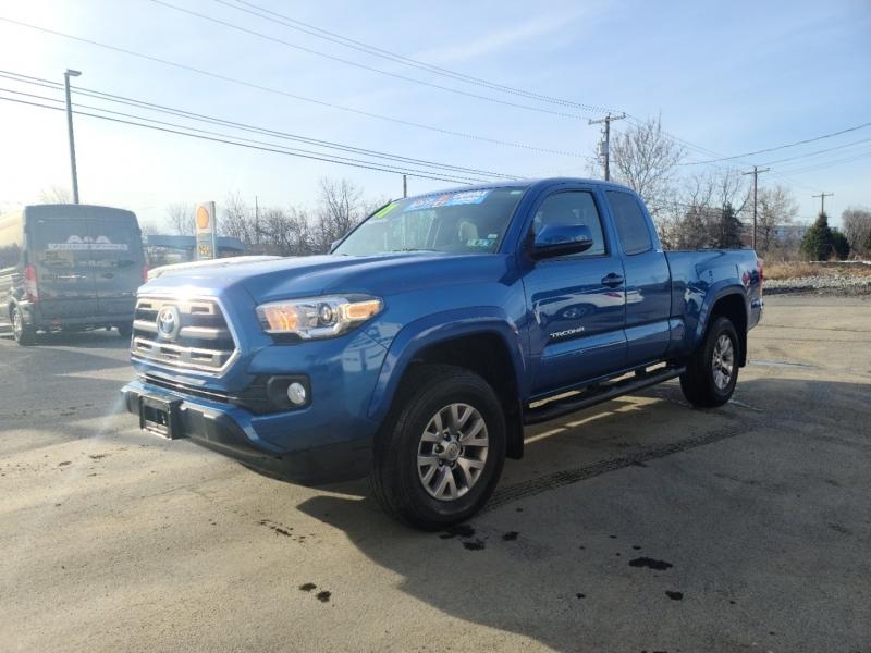 Toyota Tacoma 2017 price $28,500