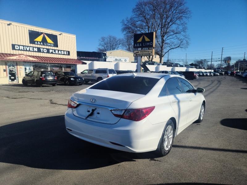 Hyundai Sonata 2012 price $10,500