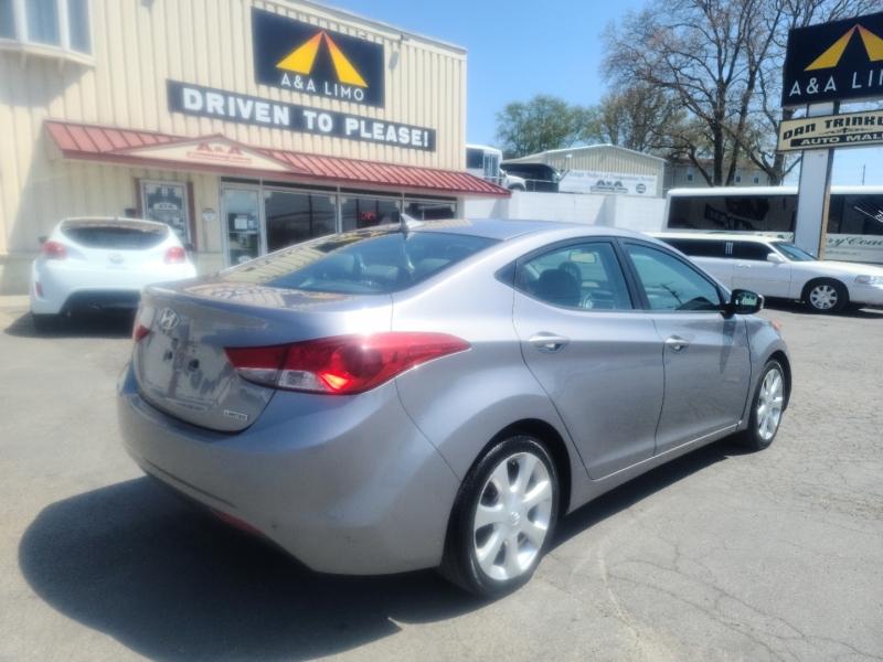 Hyundai Elantra 2012 price $7,900