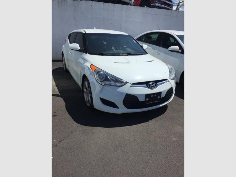 Hyundai Veloster 2013 price $6,900