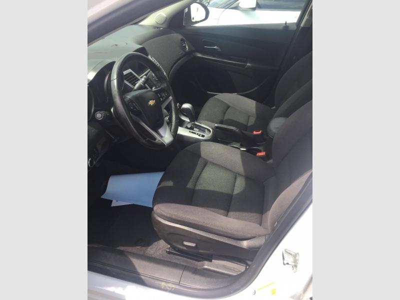 Chevrolet Cruze 2014 price $9,800