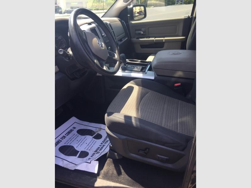 Dodge Ram 1500 2011 price $17,900