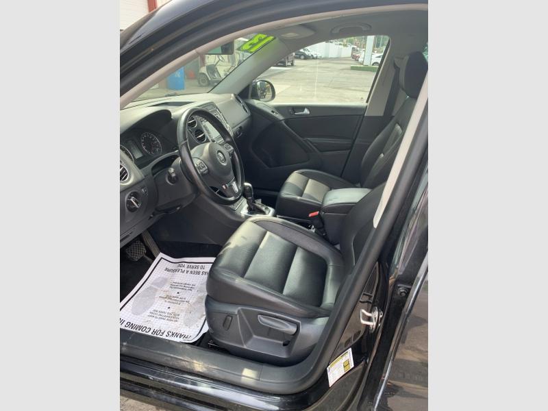 Volkswagen Tiguan 2013 price $11,900