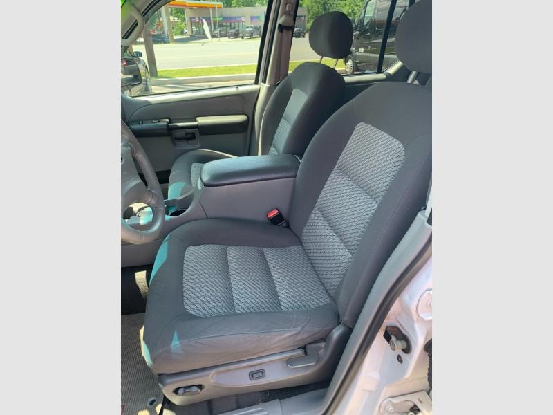 Ford Explorer Sport Trac 2003 price $9,900