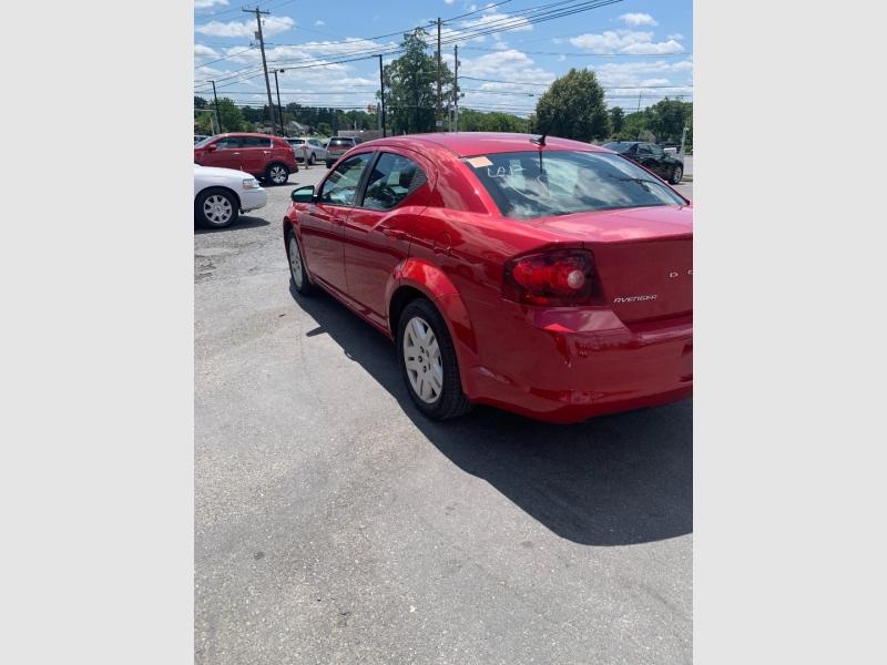 Dodge Avenger 2014 price $9,800