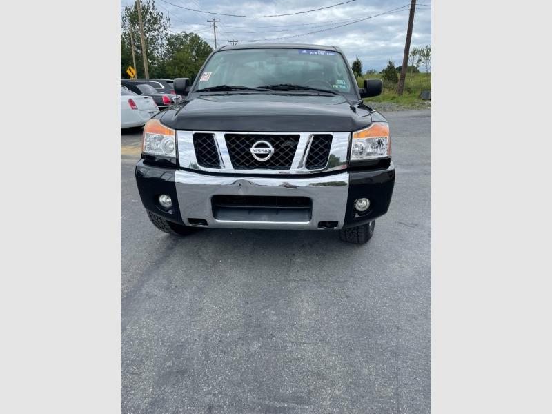 Nissan Titan 2010 price $15,900