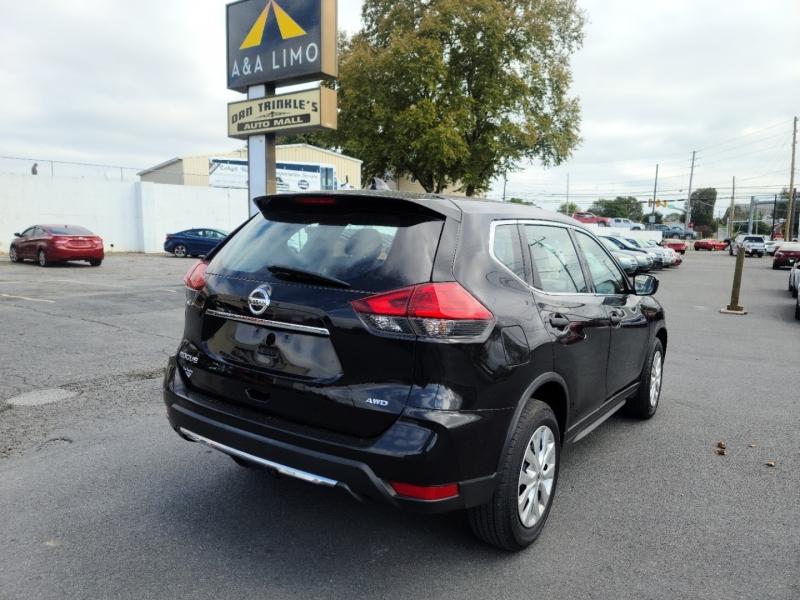 Nissan Rogue 2017 price $18,500