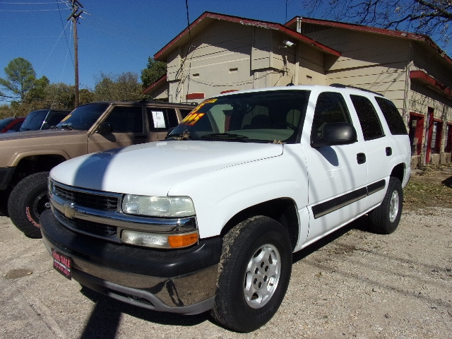 Chevrolet Tahoe 2005 price $3,900