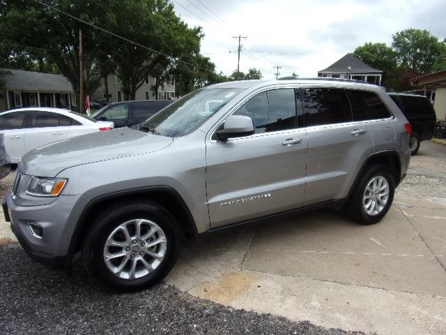 Jeep Grand Cherokee 2015 price $12,900
