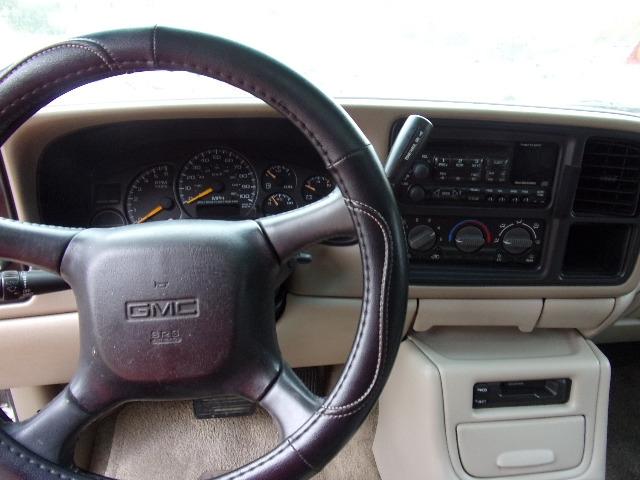 GMC YUKON 2001 price $3,450