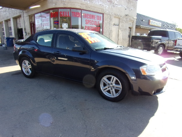 Dodge Avenger 2008 price $1,995