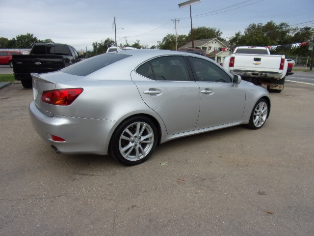Lexus IS 250 2007 price $5,995
