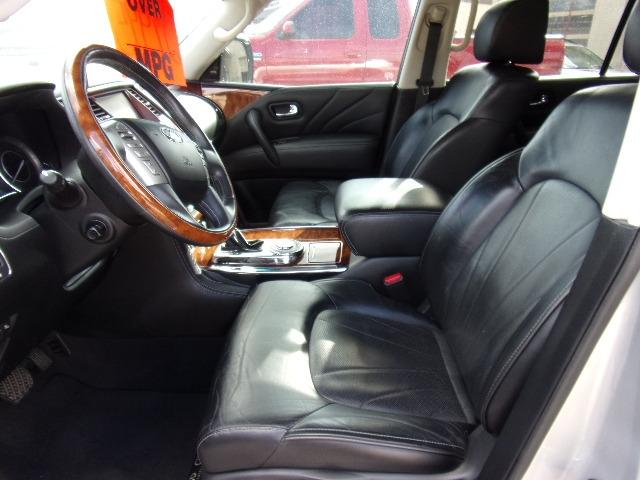 Infiniti QX80 2015 price $29,995