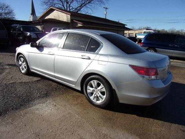 Honda Accord Sdn 2010 price $6,995