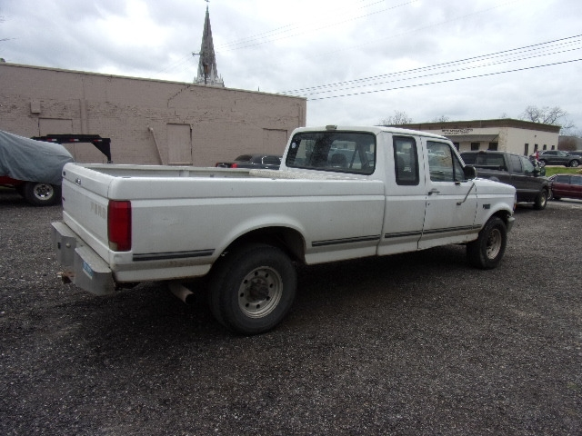 Ford F-250 XL 1993 price $5,995