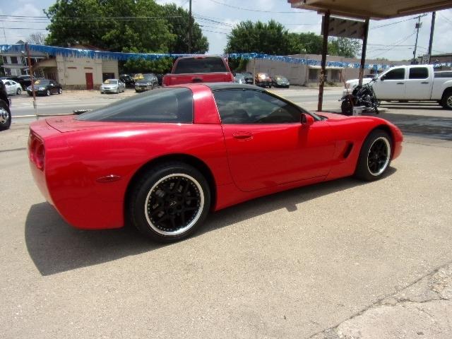 Chevrolet Corvette 2002 price $9,995
