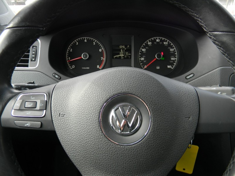 Volkswagen Jetta Sedan 2011 price $6,995