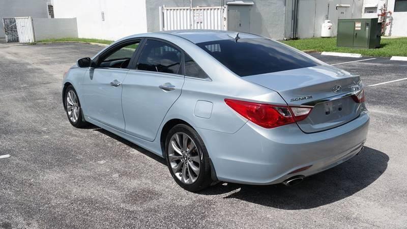 Hyundai Sonata 2012 price $4,999