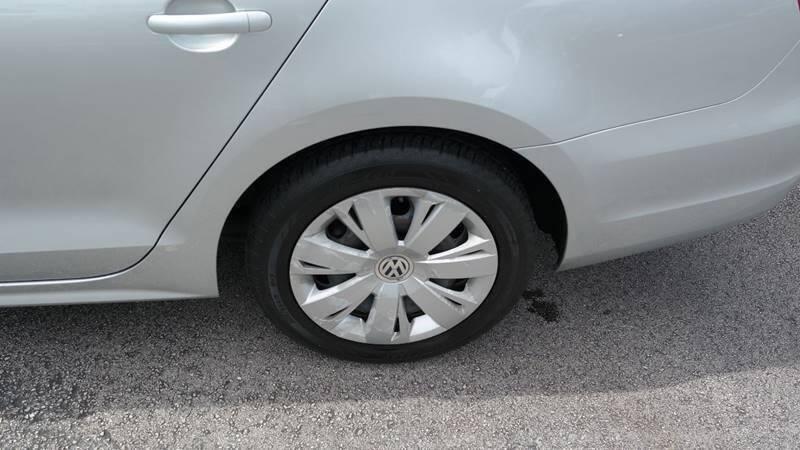 Volkswagen Jetta 2014 price $7,499