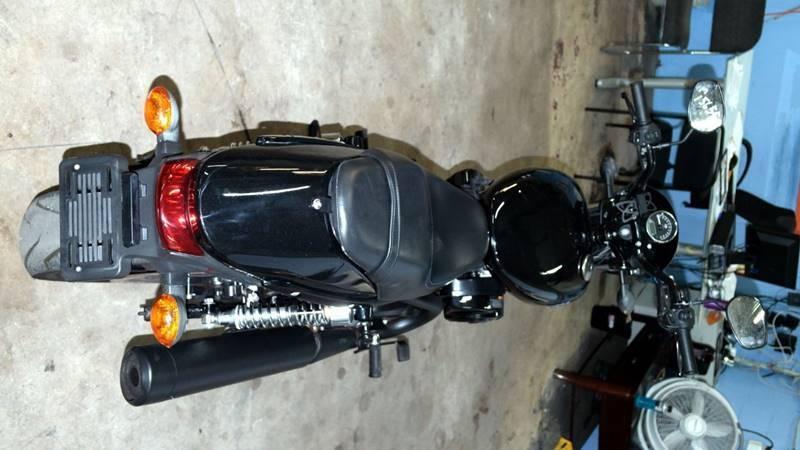 Harley-Davidson xg 750 motor cycle 2015 price $5,499