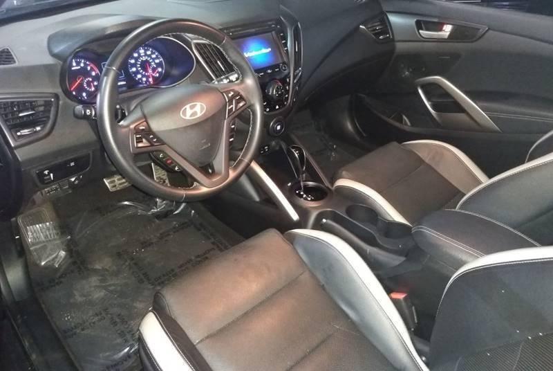 Hyundai Veloster 2016 price $10,499