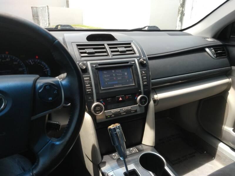 Toyota Camry Hybrid 2012 price $7,899