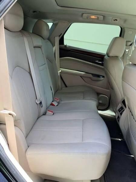 Cadillac SRX 2015 price $16,999