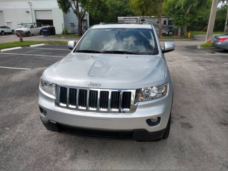 Jeep Grand Cherokee 2012 price $8,999