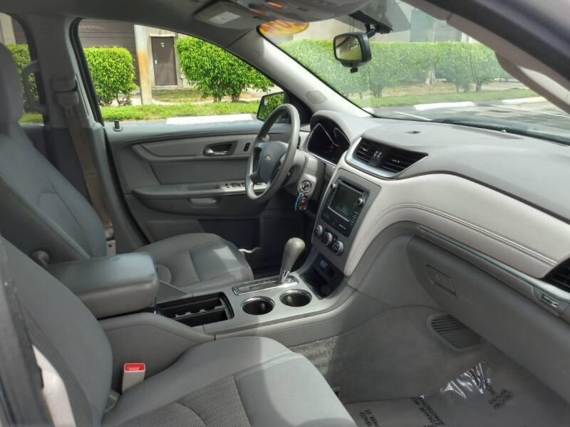 Chevrolet Traverse 2014 price $10,999