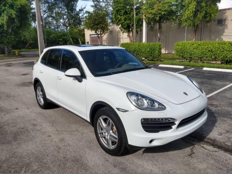 Porsche Cayenne 2013 price $28,999