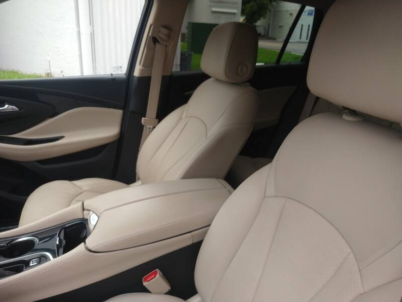 Buick Envision 2017 price $17,999