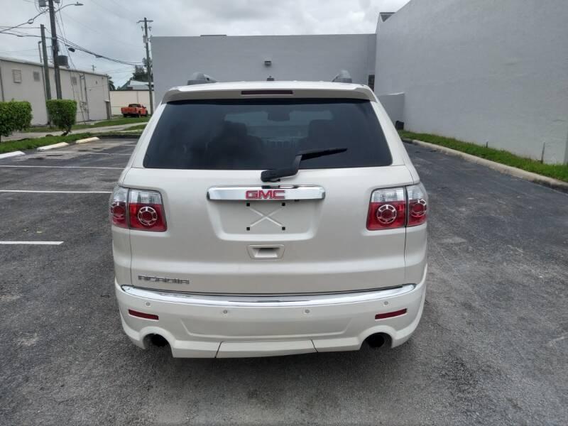 GMC Acadia 2011 price $12,999