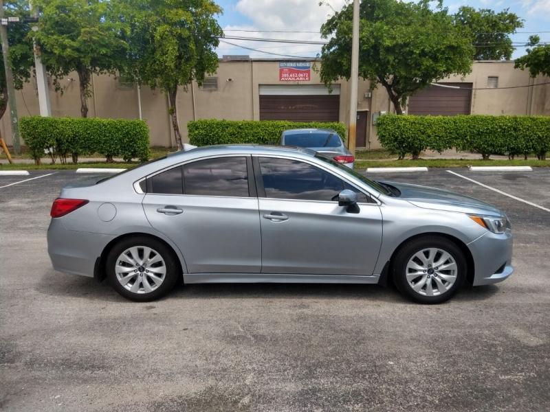 Subaru Legacy 2017 price $10,999