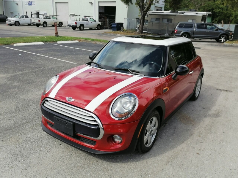 MINI Hardtop 2014 price Call for Pricing.